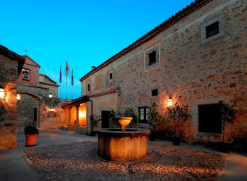 Calle Sta. Beatriz de Silva, 1, 10200 Trujillo, Cáceres, Spain.