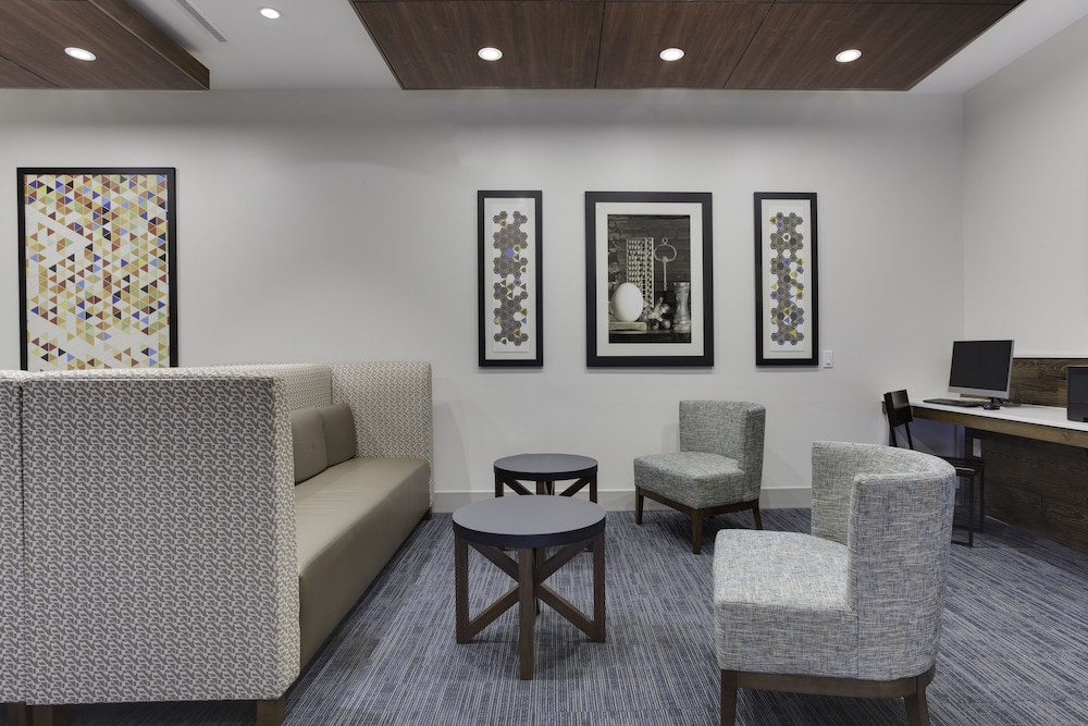 Lobby, Holiday Inn Express Hotel & Suites Ft Lauderdale Airport/Cru