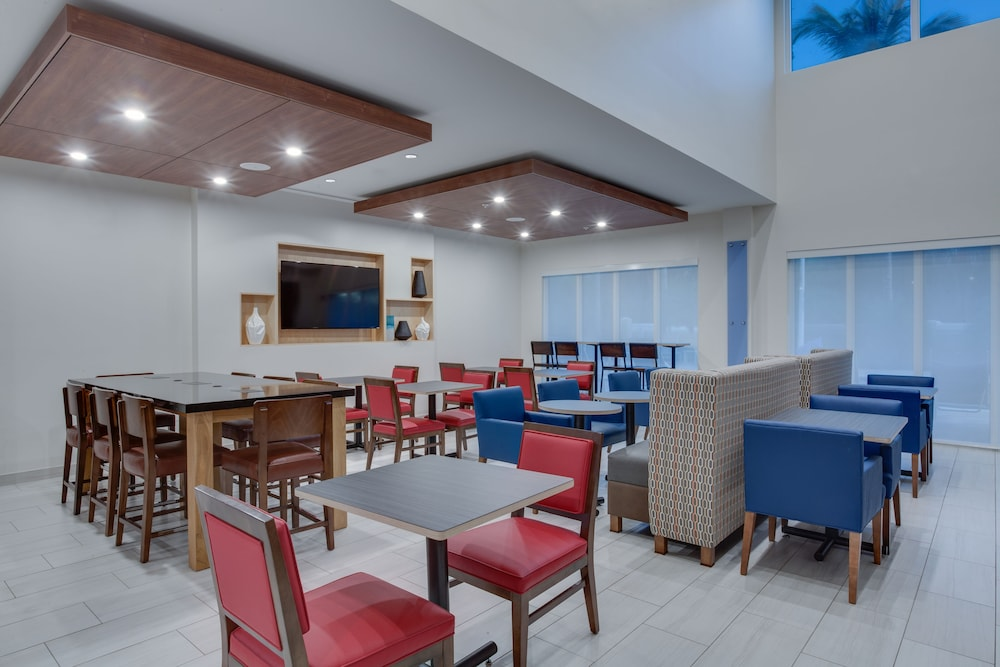 Restaurant, Holiday Inn Express Hotel & Suites Ft Lauderdale Airport/Cru