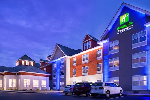 Holiday Inn Express Mystic, an IHG Hotel