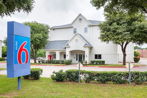 Check Expedia for Availability of Motel 6 Grand Prairie, TX