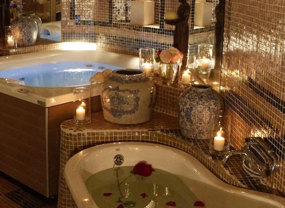 Hotel Du Mas De La Chapelle Arles France