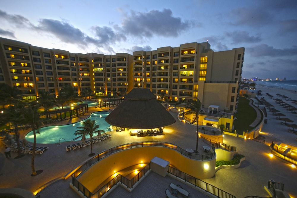 Exterior, The Royal Sands Resort & Spa All Inclusive