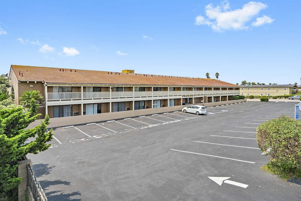 Exterior, Days Inn by Wyndham San Simeon