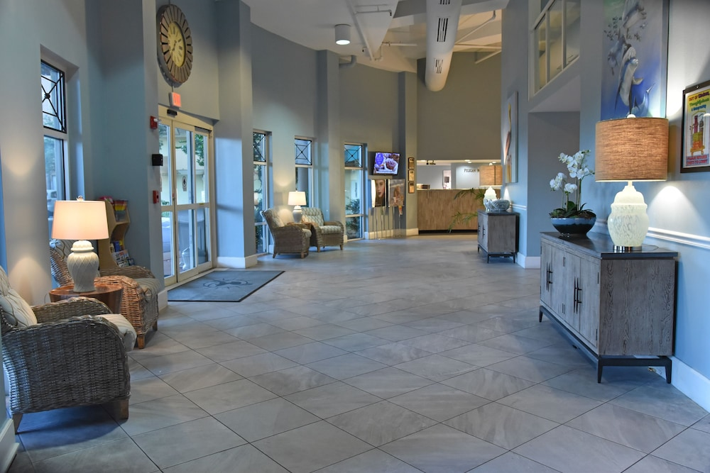 Lobby, Pelican Beach Resort & Conference Center