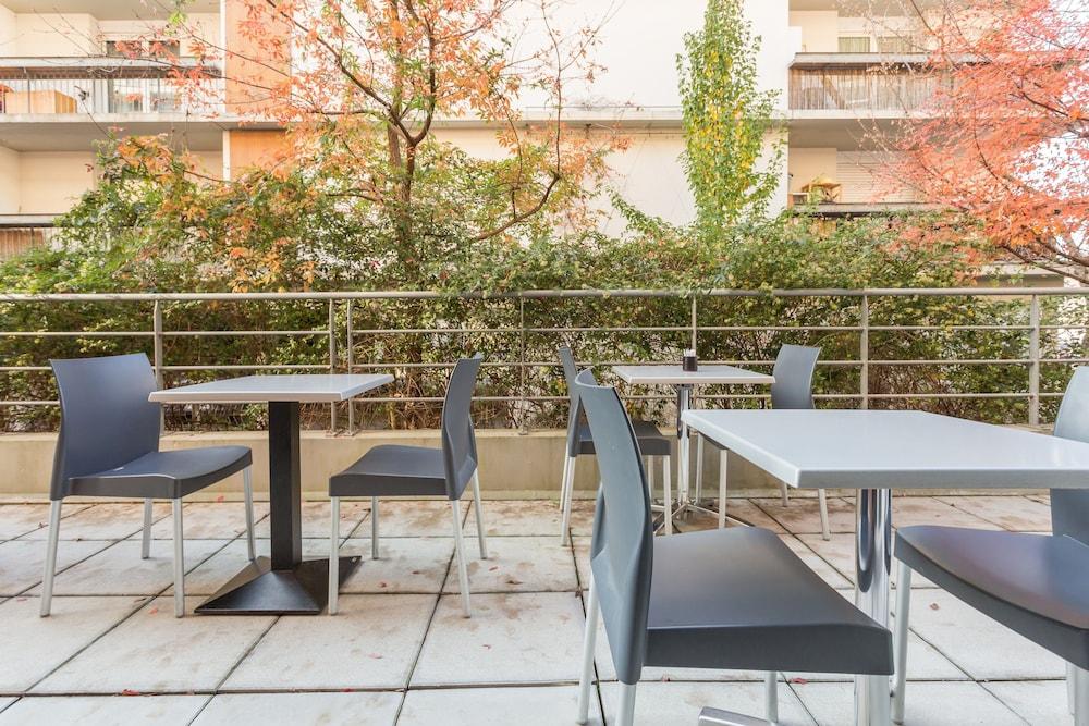 City r sidence bordeaux centre deals reviews bordeaux for Residence bordeaux