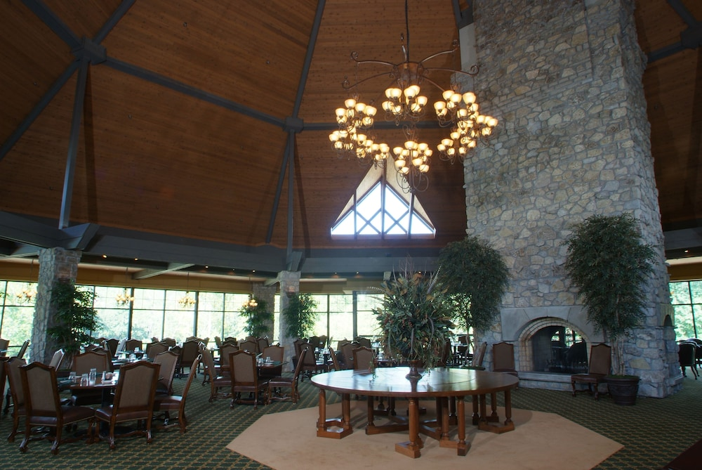 Banquet Hall, StoneBridge Resort