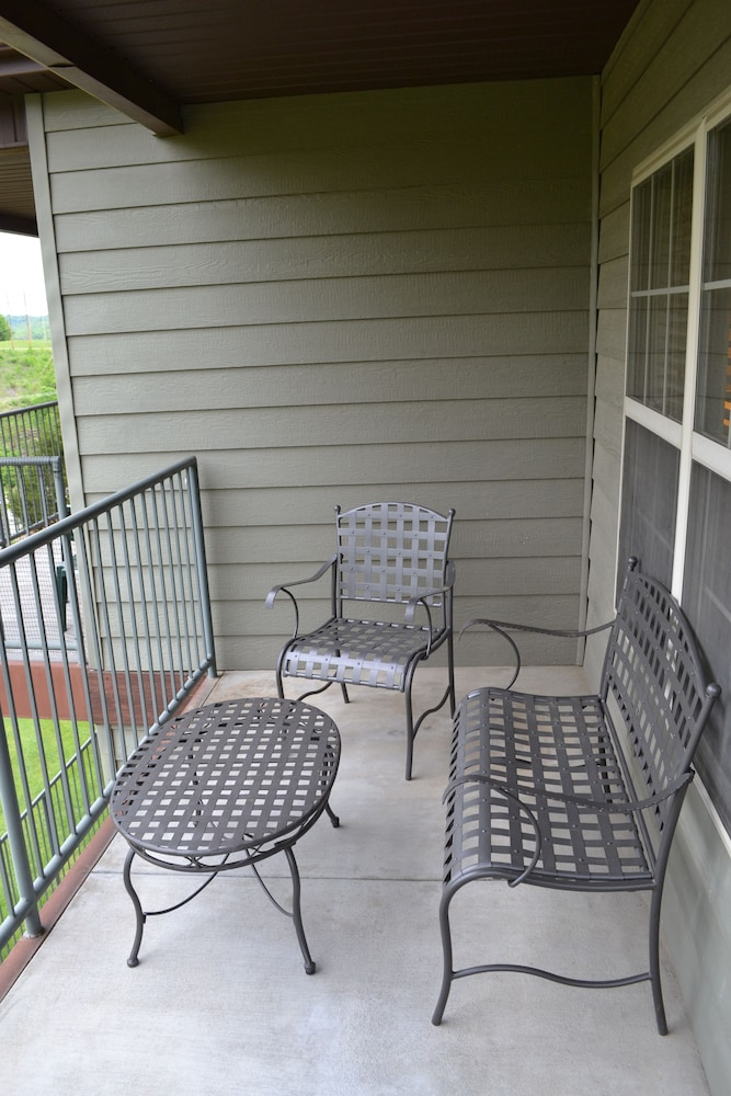 Balcony, StoneBridge Resort