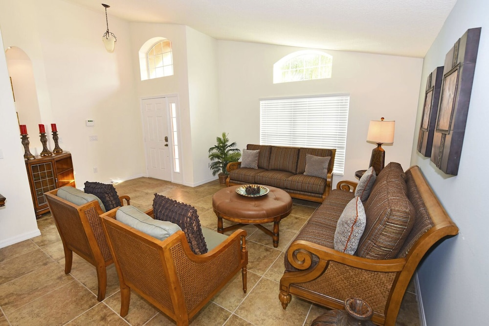 Interior, Homes4uu Vacation Homes Orlando
