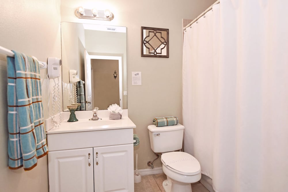 Bathroom, Homes4uu Vacation Homes Orlando