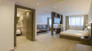 Hypo-allergenic bedding, down duvet, memory foam beds, minibar
