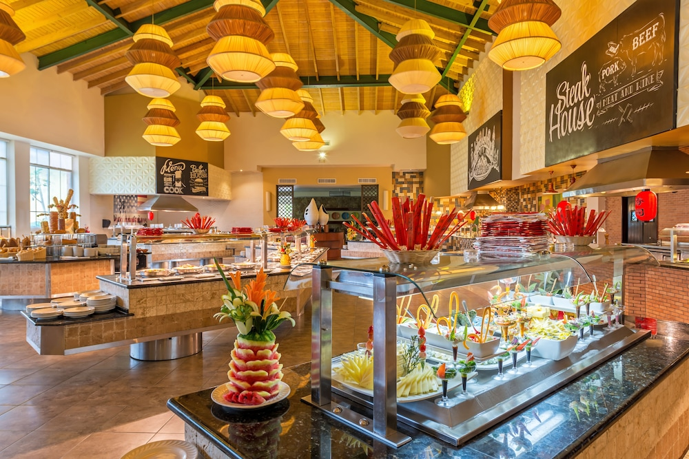 Breakfast buffet, Ocean Blue & Sand Beach Resort - All Inclusive