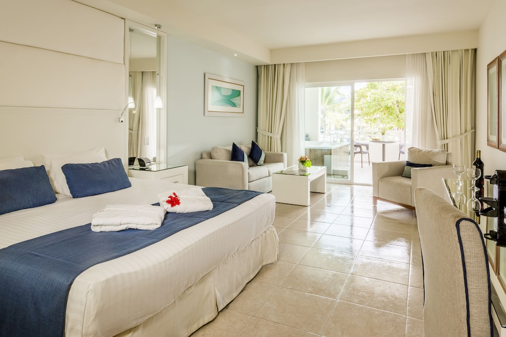 Room Amenity, Ocean Blue & Sand Beach Resort - All Inclusive