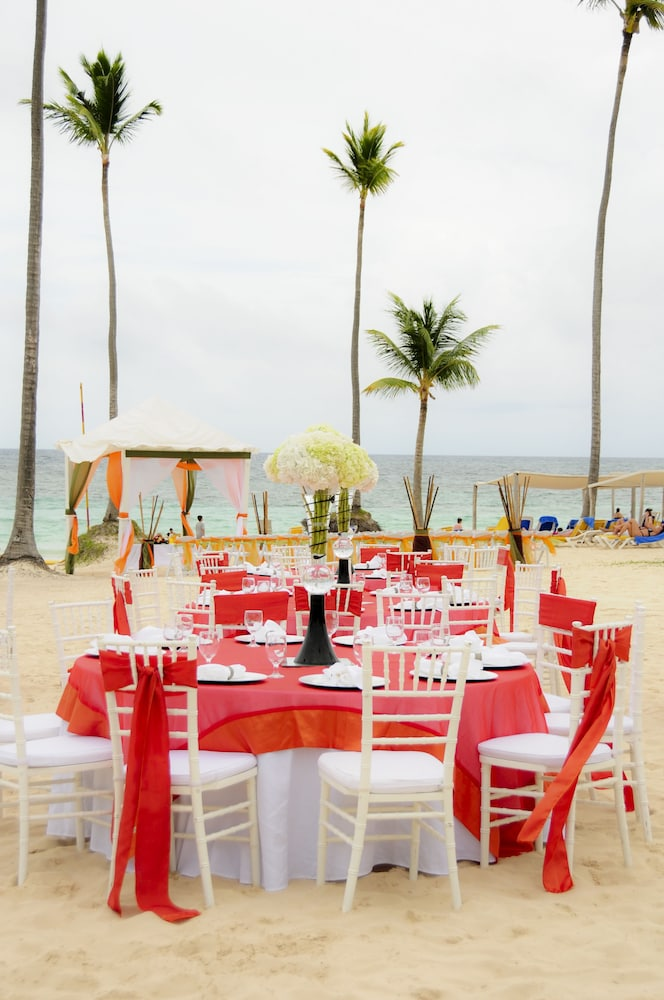 Outdoor Banquet Area, Ocean Blue & Sand Beach Resort - All Inclusive