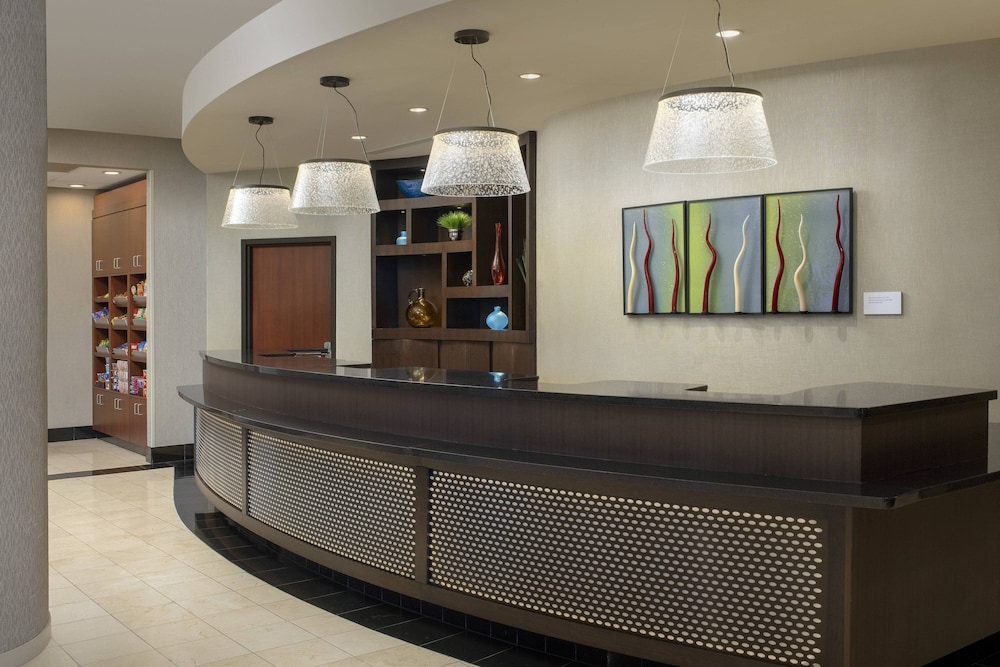 Lobby, Courtyard by Marriott Tacoma Downtown