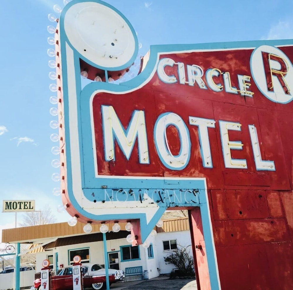 Front of Property, Circle R Motel