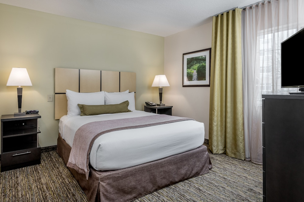 Room, Candlewood Suites Washington Dulles Sterling