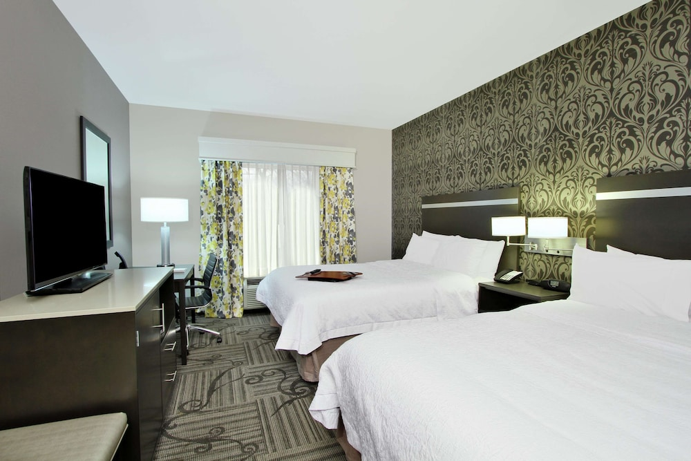 Room, Hampton Inn & Suites Columbus/University Area