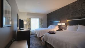In-room safe, free cribs/infant beds, free WiFi, linens