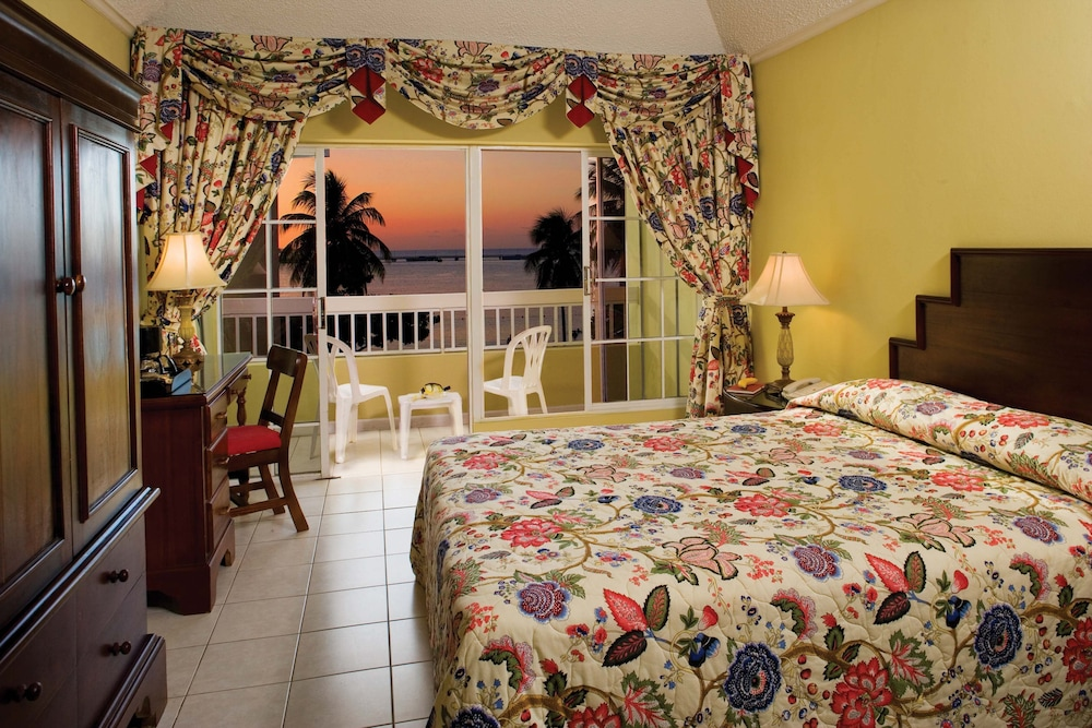 Beach Ocean View Featured Image Guestroom