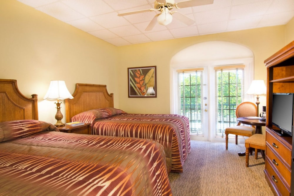 Room, Port of the Islands Everglades Adventure Resort
