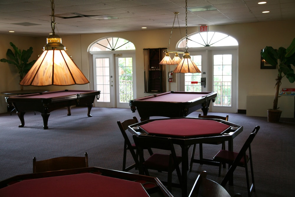 Billiards, Port of the Islands Everglades Adventure Resort