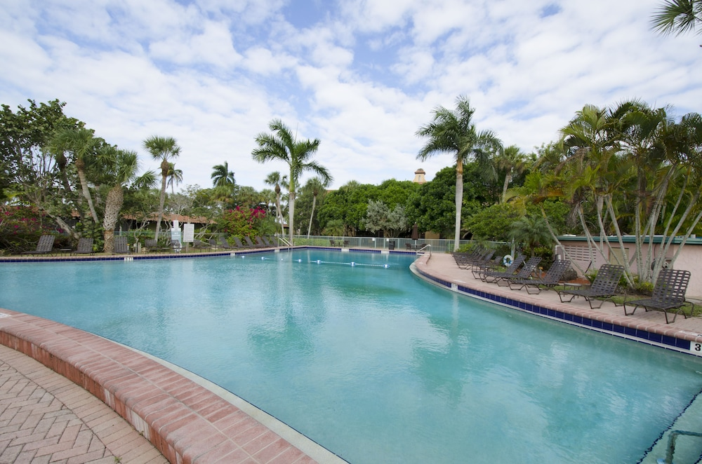 Pool, Port of the Islands Everglades Adventure Resort