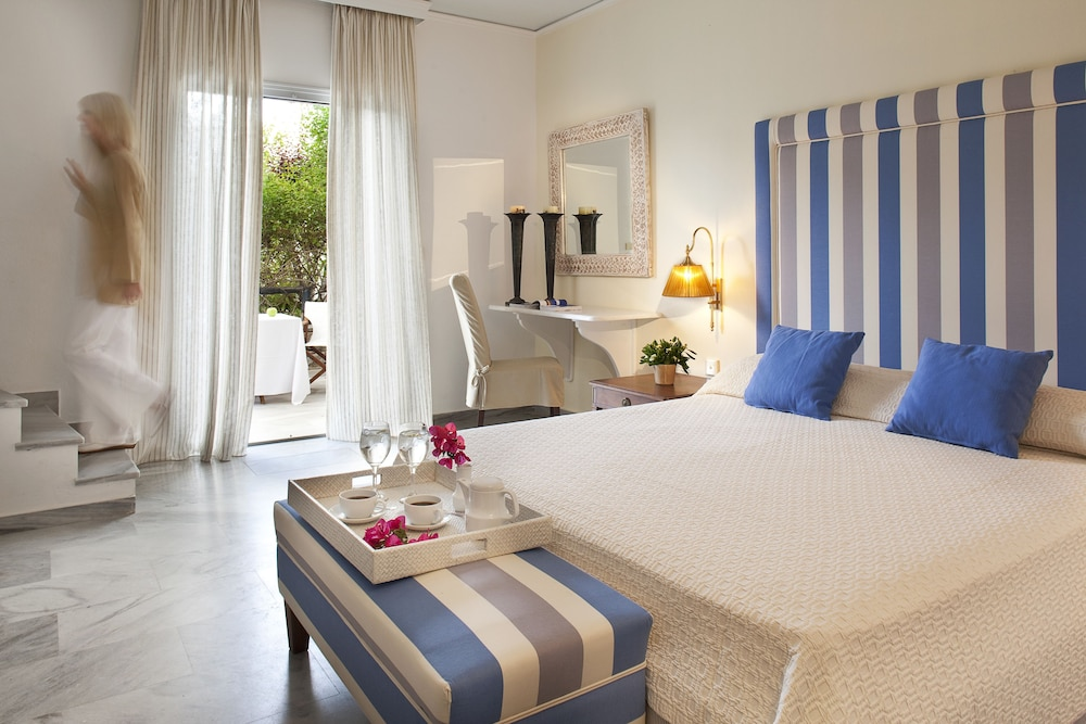 Yria boutique hotel spa in paros island hotel rates for Boutique hotel paros