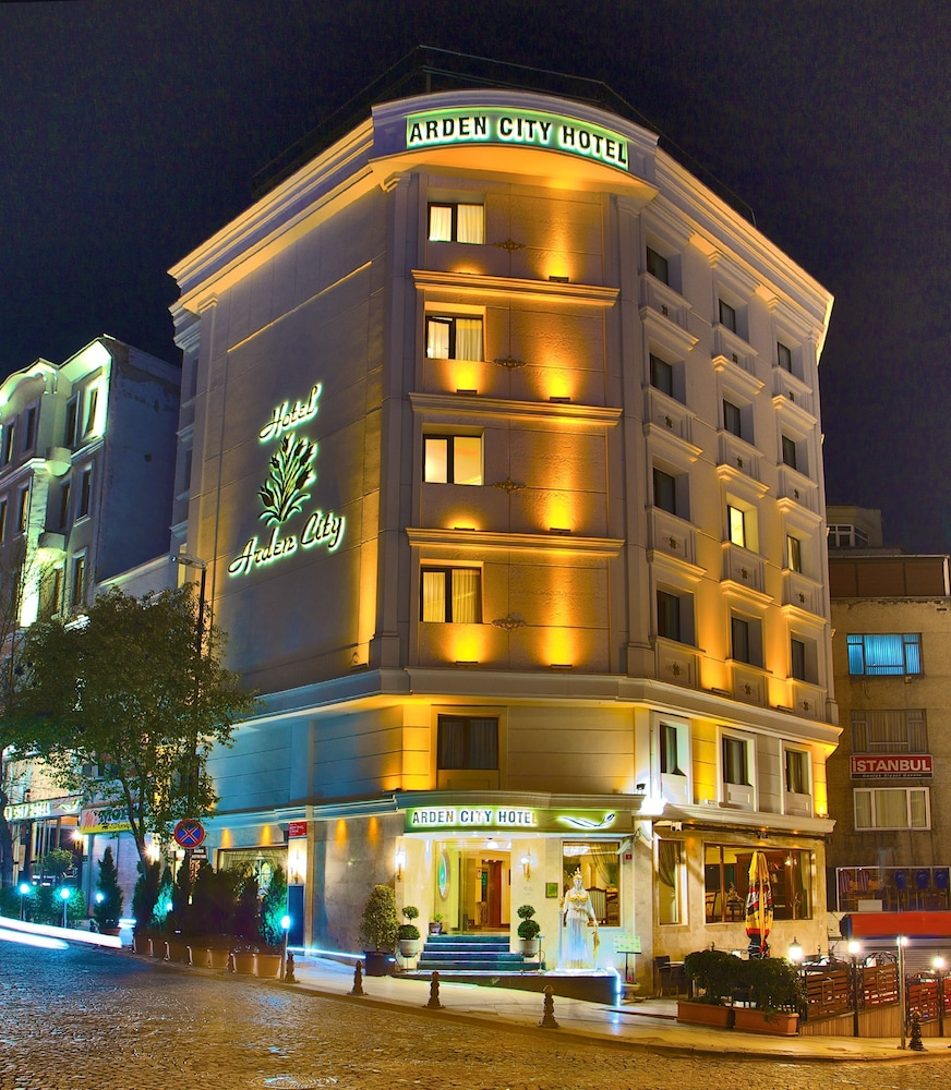 Arden City Hotel - Special Class: 2019 Room Prices $100