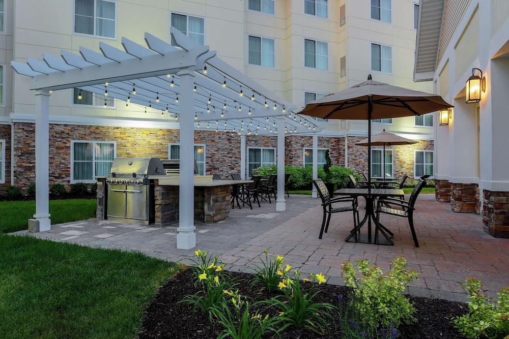 Terrace/Patio, Homewood Suites Melville