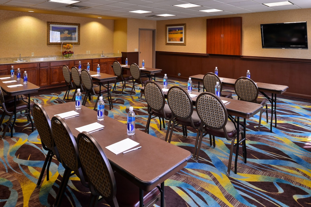 Meeting Facility, Hampton Inn & Suites Ontario