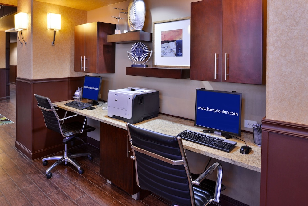 Business Center, Hampton Inn & Suites Ontario
