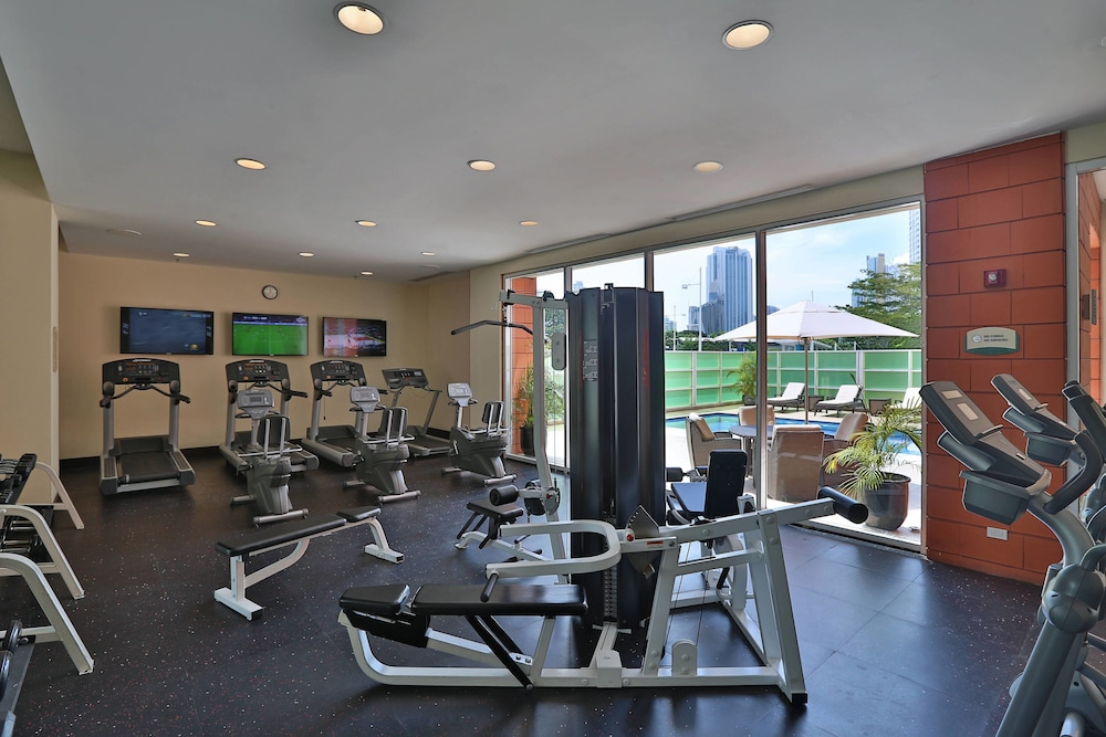 Gym, Courtyard by Marriott Panama Multiplaza Mall