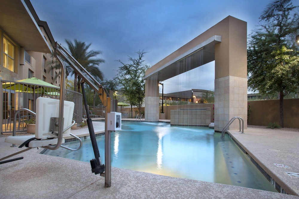 Pool, Holiday Inn Hotel & Suites Scottsdale North - Airpark, an IHG Hotel