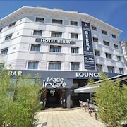 Hotel The Originals Bourges Le Berry