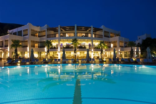 Latanya Park Resort - All Inclusive