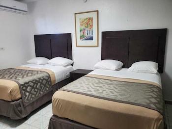 Borinquen Beach Inn San Juan Room
