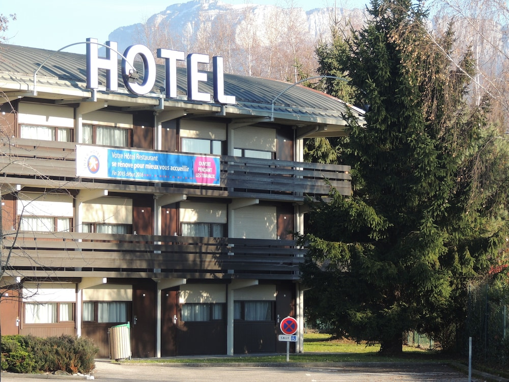 Inter Hotel Annecy A Roport Deals Reviews Metz Tessy