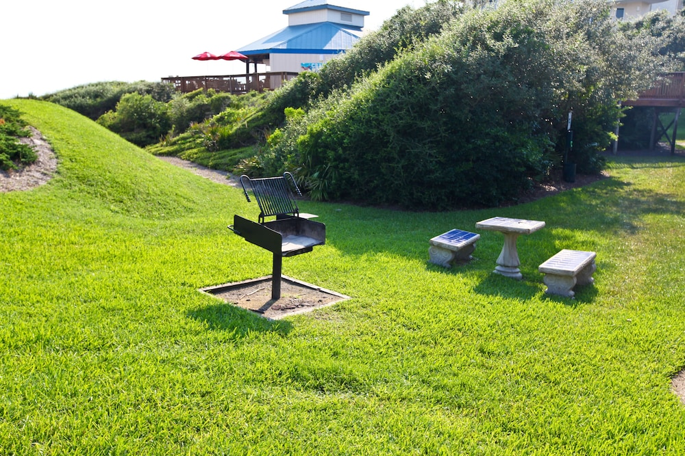 BBQ/Picnic Area, High Pointe Resort by Vacasa