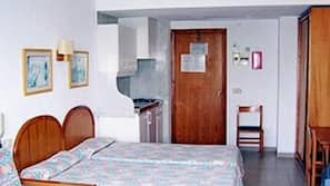 In-room safe, blackout curtains, free cots/infant beds