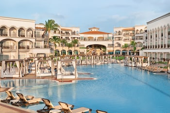 Hilton Playa del Carmen, an All-Inclusive Adult Resort - Newly Renovated