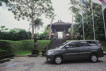 Jalan Goa Gajah, Tengkulak Kaja Ubud, Gianyar Bali 80571, Indonesia.