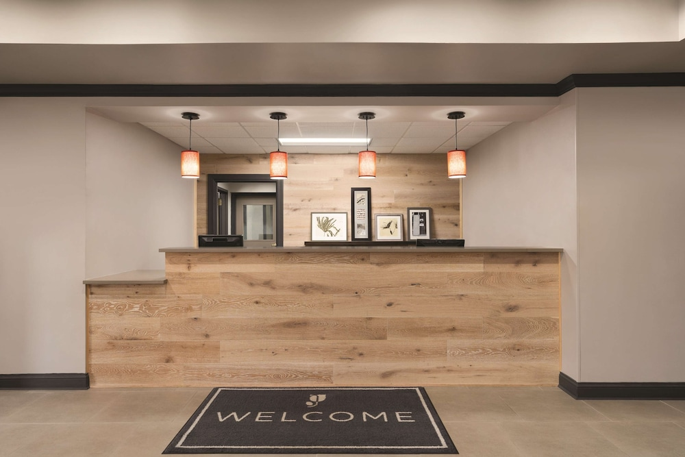Reception, Country Inn & Suites by Radisson, Raleigh-Durham Airport, NC