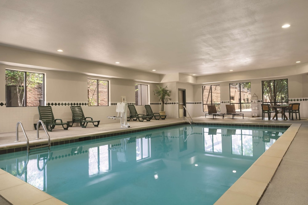 Indoor Pool, Country Inn & Suites by Radisson, Raleigh-Durham Airport, NC