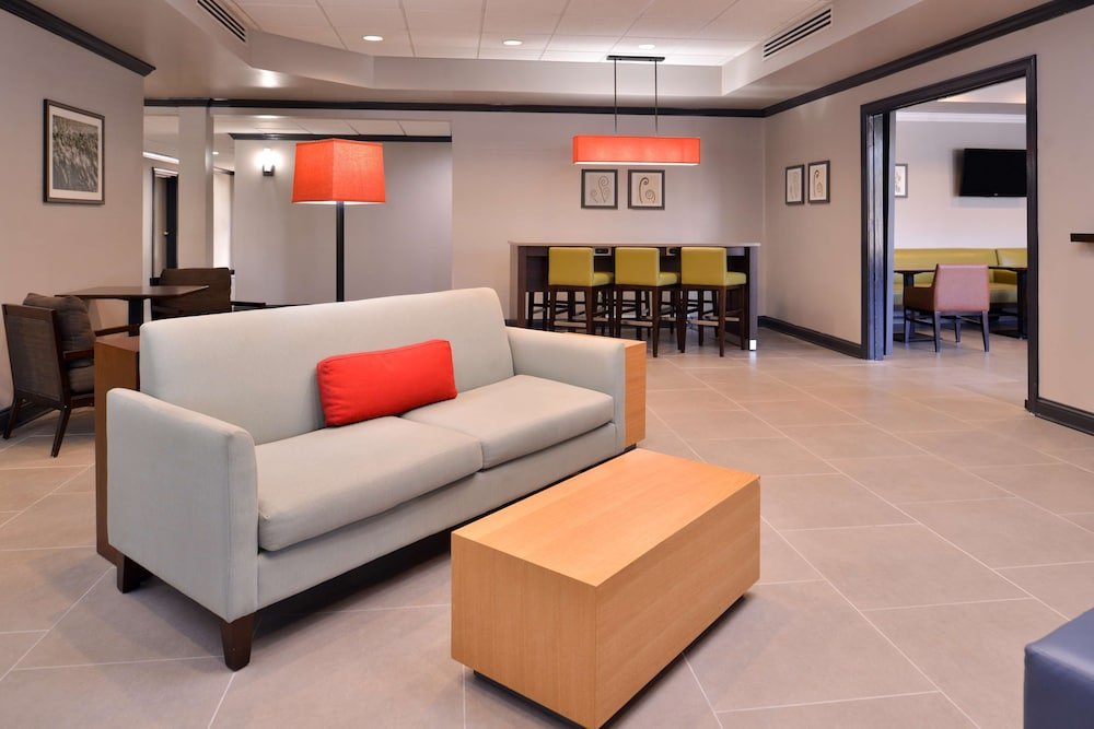 Lobby Sitting Area, Country Inn & Suites by Radisson, Raleigh-Durham Airport, NC