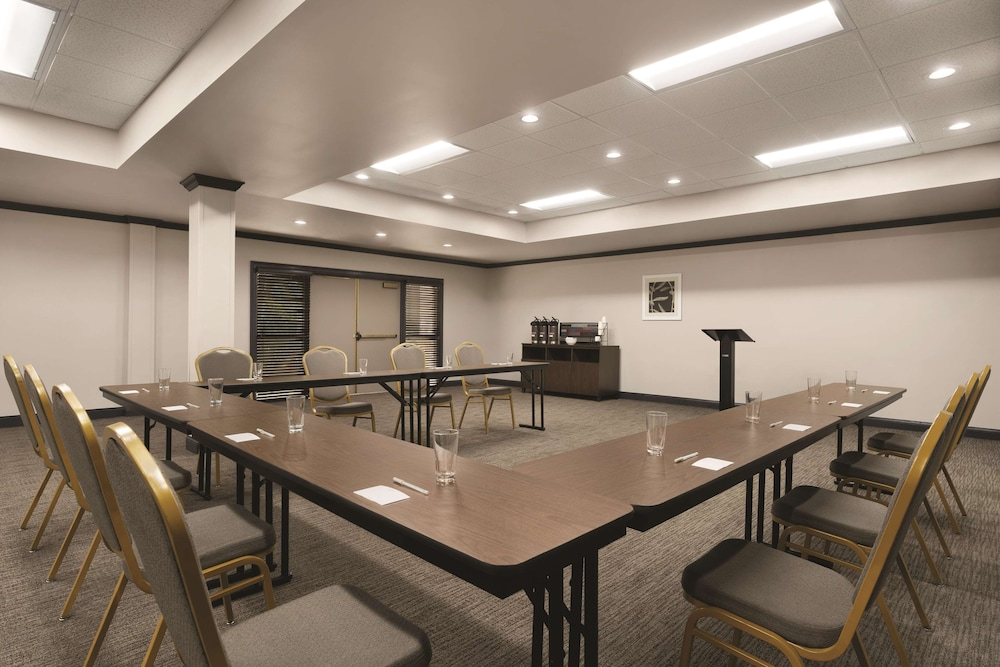 Meeting Facility, Country Inn & Suites by Radisson, Raleigh-Durham Airport, NC
