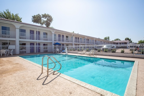 Check Expedia for Availability of Motel 6 Bryan, TX
