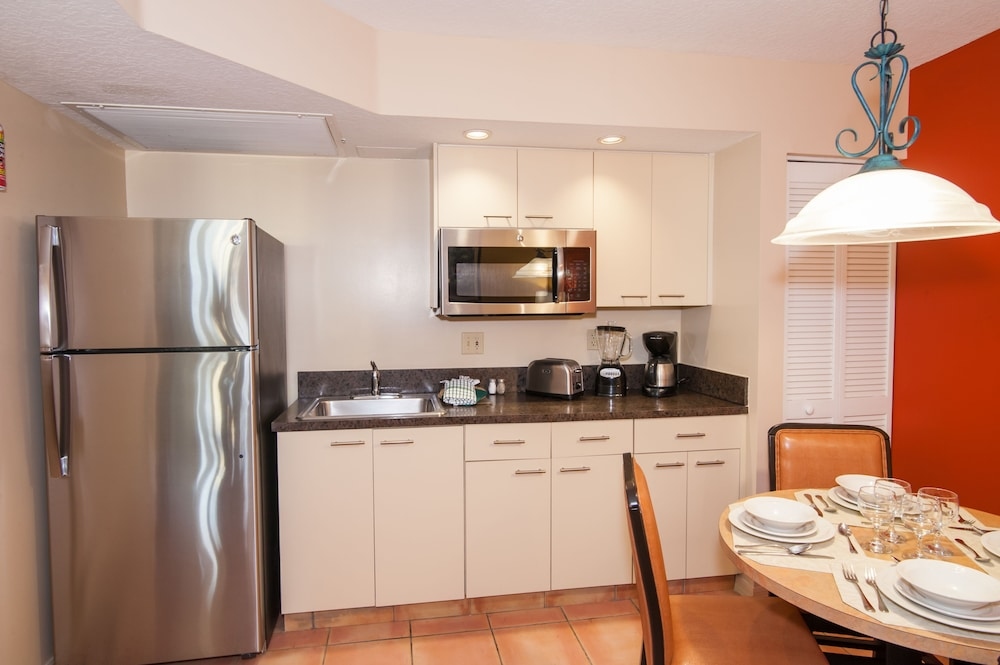Private Kitchen, Vacation Village at Bonaventure