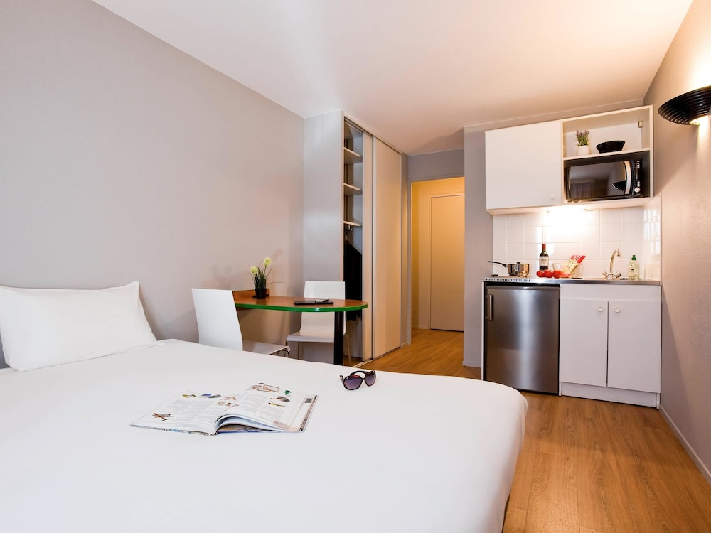 Aparthotel adagio access paris maisons alfort cr teil for Apart hotel maison alfort