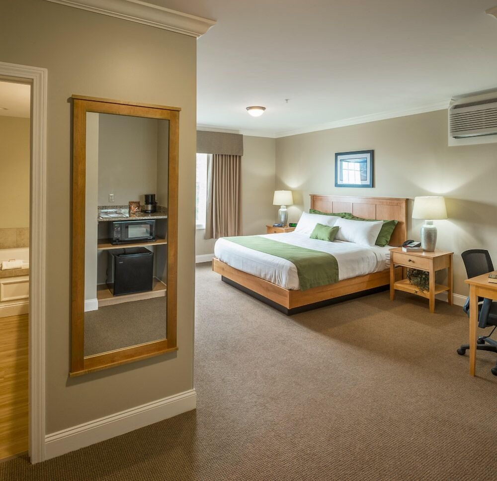 Room, Steele Hill Resorts